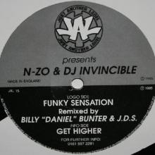 N-Zo & Dj Invincible - Funky Sensation (Billy Bunter and J.d.s. Remix)  Get Higher (1995) [FLAC]